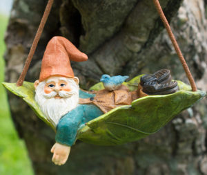 Hanging-Gnome-DSC_3474-cropped